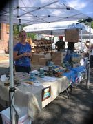 Eugene Farmers Market: Linsey slings the albacore